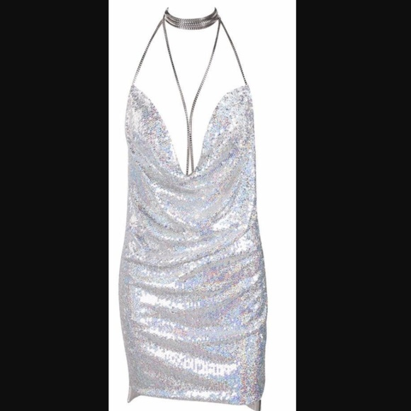 1757f9d40bc0 silver sequin sparkle kendall jenner dress. M 5a4cee1646aa7ccfc201353e
